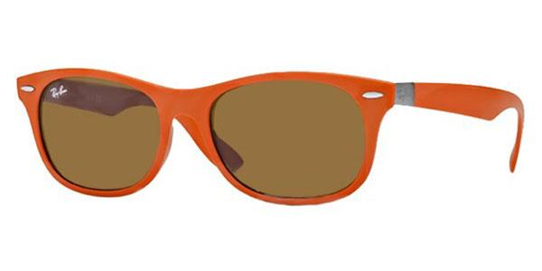 RB4207 New Wayfarer Liteforce Sunglasses 609773 By Ray Ban Tech