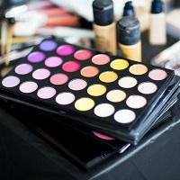 Face Palettes and Sets